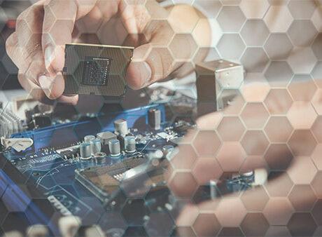 Cuidados com equipamentos eletrônicos de painel na indústria!